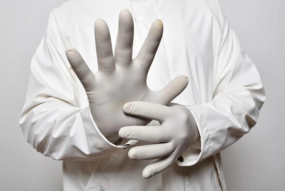 перчатки во время карантина, мясников