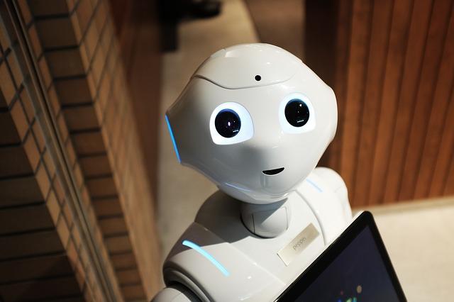 кофе-машина, роботы-официанты