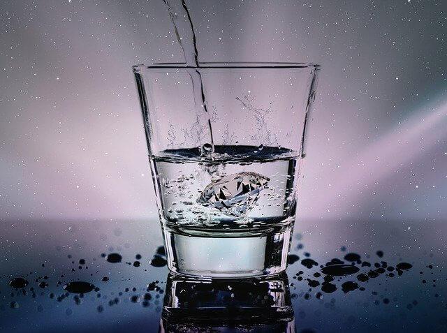 недостаток воды, бессонница