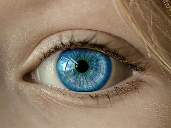 улучшить зрение, фонарик