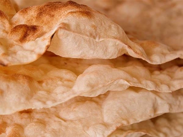 Лаваш полезнее хлеба? Названы плюсы и минусы популярной лепешки