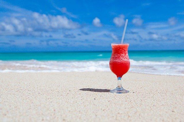 Планируем отпуск: с семьей, с друзьями или в одиночестве?