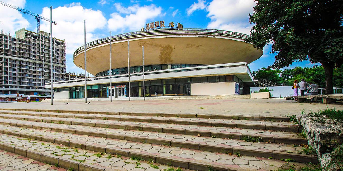 Краснодарскому цирку — 50 лет. Прошлое, настоящее и будущее