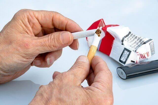 Кому легко бросить курить? Ученые утверждают — математикам