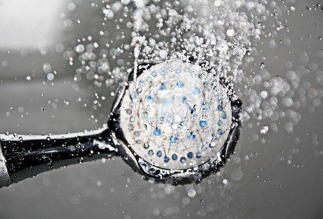 какой душ полезнее, холодный душ, душ