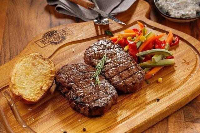 Врачи: замена красного мяса на растительное снижает риск заболеваний сердца