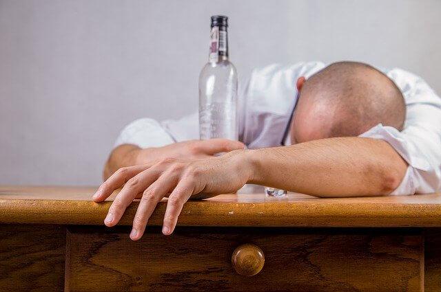 Какой вред наносит алкоголь организму человека старше 40 лет