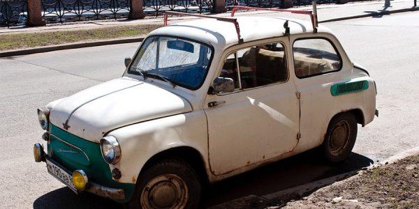 Легенда СССР: самый народный автомобиль – «горбатый» «Запорожец»
