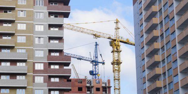 Регионы России до 2024 года получат почти 90 млн рублей на строительство жилья