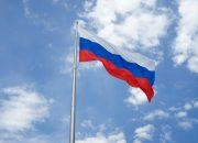 Хорошо забытая старая новая Россия: 30 лет возвращению государственных символов