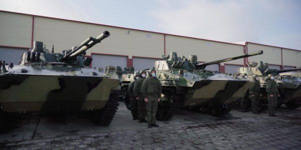 В Новороссийске в батальон ВДВ поступило на вооружение 39 бронемашин