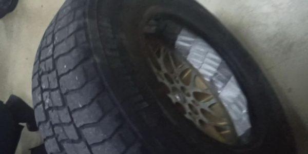 В Сочи задержали автомобиль с контрабандными сигаретами, вшитыми в шину