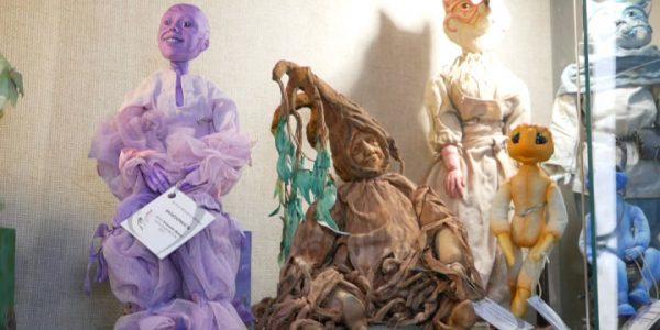 В Лабинске открылась выставка «Золотые сказки кукол»