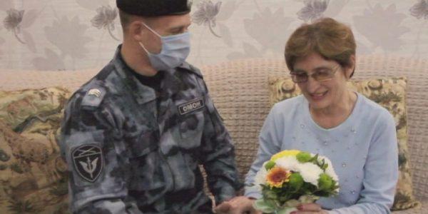 Росгвардейцы Краснодара записали ко Дню матери поздравительную видео-открытку