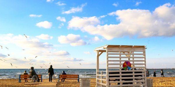В Анапе обустроили около дести зон отдыха на «зимних пляжах»