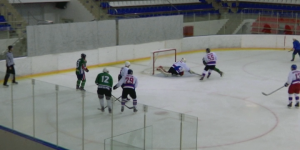 В Краснодаре завершился чемпионат края по хоккею