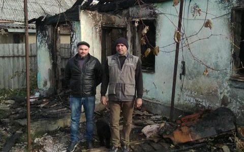 В Анапе двое мужчин спасли пенсионера из горящего дома