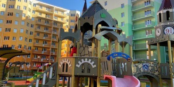 Дольщики 18 домов жилого Квартала Город Детства получили ключи от своих квартир