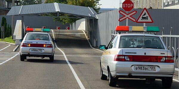 В МВД предложили разрешить сдавать экзамен на водительские права с 16 лет