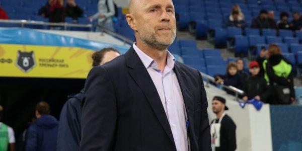 Главного тренера ФК «Сочи» отстранили на три матча за брань в адрес судьи