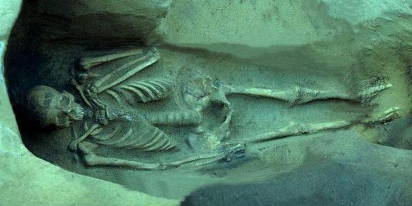 Под Новороссийском археологи раскопали некрополь с могилой царя Боспора