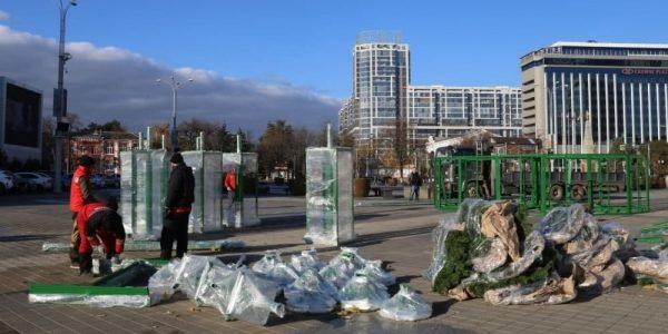 В Краснодаре к Новому году установят 22-метровую искусственную ель