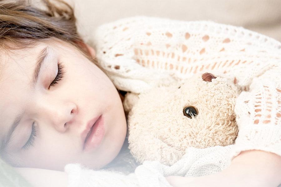 sleeping-1311784_1920