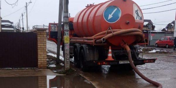 В Краснодаре подготовились к таянию снега: техника по откачке воды ждет отправки