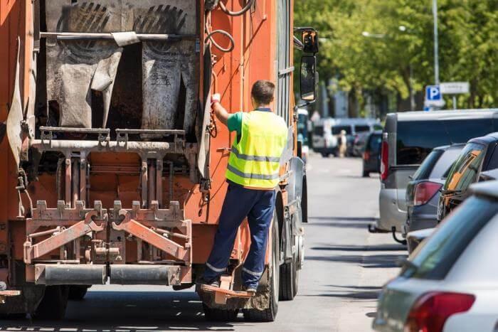 В Анапе регоператор установит контейнеры для пластика и уберет стихийные свалки