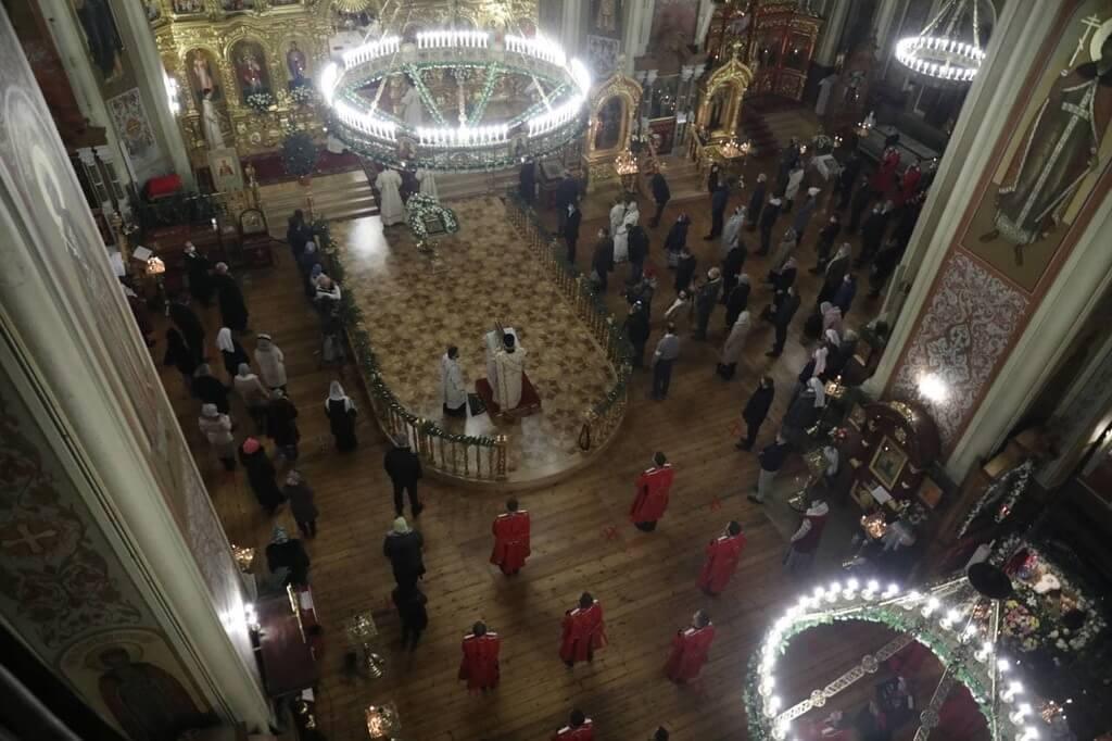 Мэр Краснодара Евгений Первышов поздравил жителей города с Рождеством