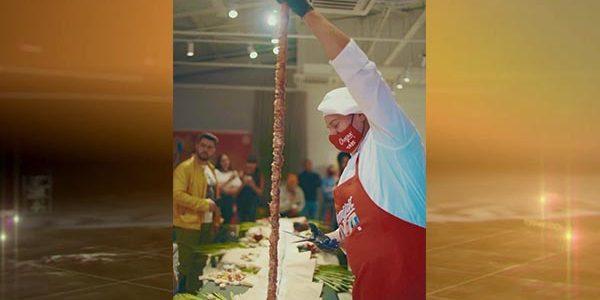 В Краснодаре приготовили 7-метровую чурчхелу, она попала в Книгу рекордов России