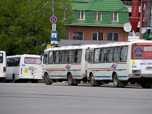 Петров: все перевозчики Краснодара оснастили кассовыми аппаратами свой транспорт