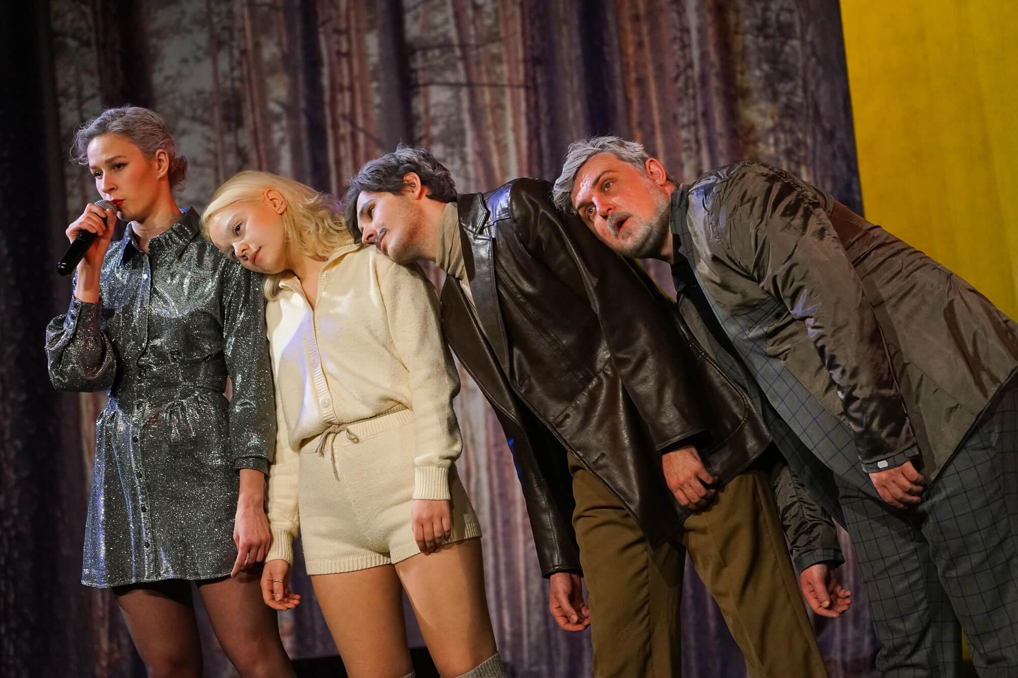 Премьера спектакля «Серая радуга» в краснодарском «Одном театре». Фоторепортаж