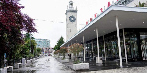 Вокзалы Адлера и Сочи стали лидерами рейтинга по отправке пассажиров в 2020 году