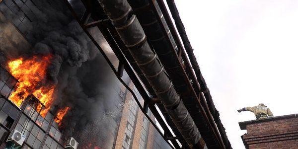 Цена жизни: как выжить при пожаре и какие средства спасения приобрести заранее