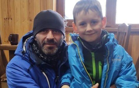 Инструктор спас ребенка из Новороссийска во время схода лавины в Домбае
