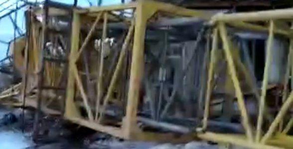В Краснодаре упал строительный кран, погибли женщина и мужчина