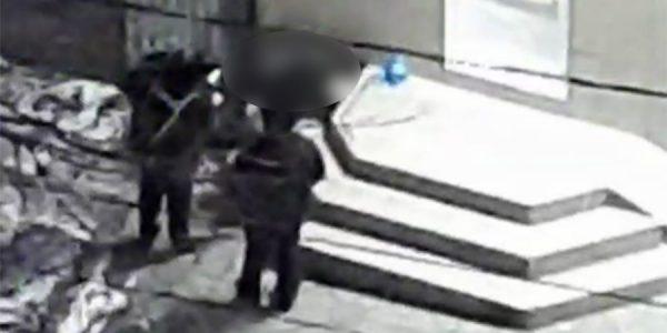 В Новороссийске возле магазина насмерть замерз бездомный мужчина