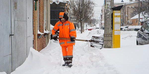 В Сочи действует штормовое предупреждение МЧС о налипании мокрого снега