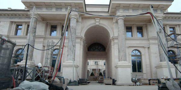 Глава МИД РФ прокомментировал материалы фильма о «дворце» в Геленджике