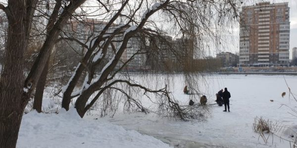 В Краснодаре около водоемов выставили наблюдательные посты