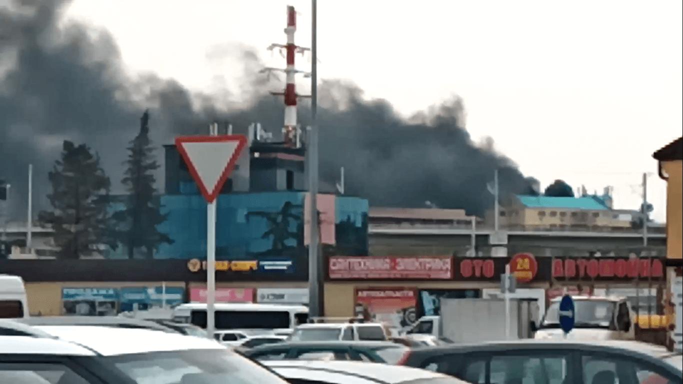В Сочи потушили пожар в автобусе