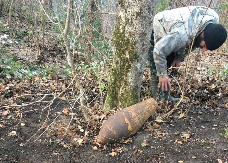 В Туапсинском районе во время тушения лесного пожара нашли бомбу времен войны