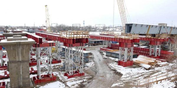 В Краснодаре завершили первую очередь строительства Яблоновского моста. Фото