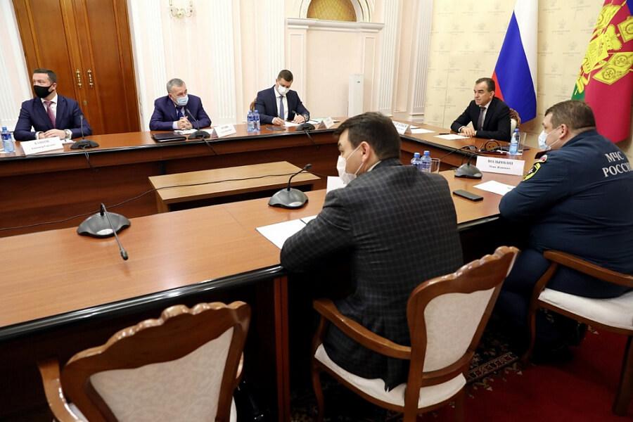 Кондратьев предложил увеличить федеральное финансирование лесопожарного центра