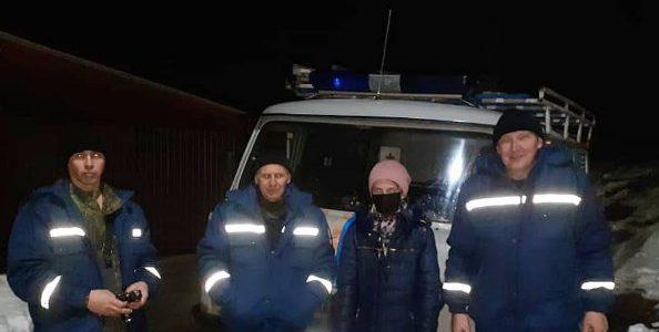В Горячем Ключе спасатели ночью вывели из леса заблудившуюся девушку