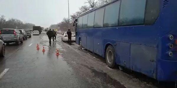 На Кубани произошло массовое ДТП с участием 17 автомобилей
