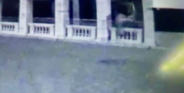 Предполагаемый поджигатель отеля под Геленджиком попал на видео