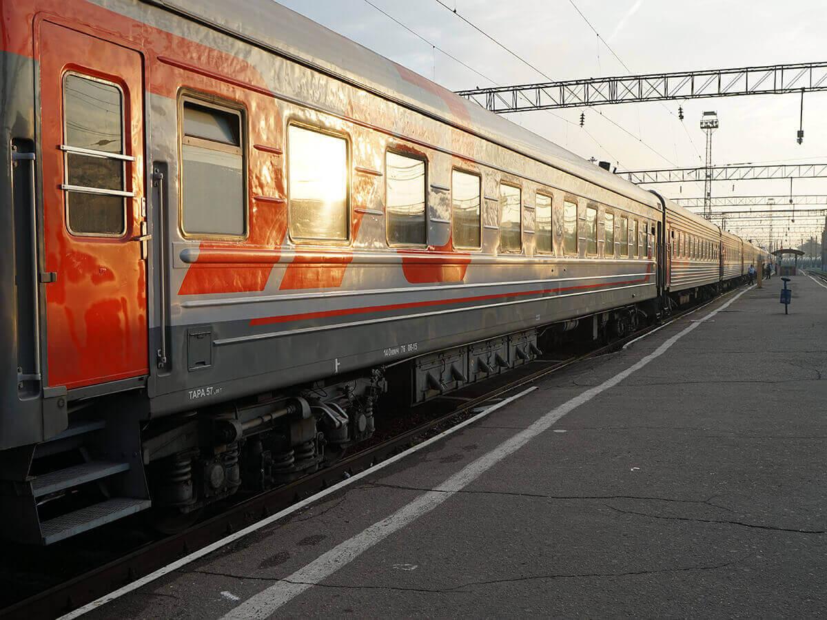 В России семьи с детьми смогут путешествовать в купе по льготным тарифам