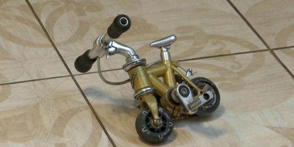 Кубанец собирается поставить рекорд на самом миниатюрном в мире велосипеде